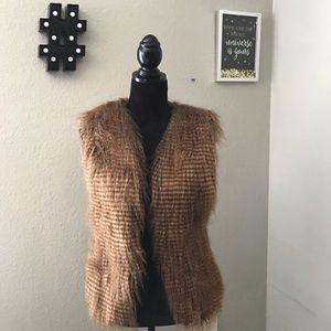 Forever 21 Women's Faux Fur Vest Caramel Size XS